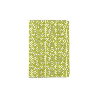 緑の矢パターン パスポートカバー