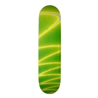 緑の稲妻 スケートボード