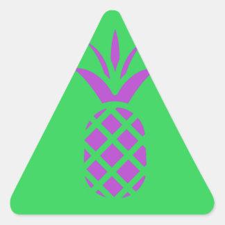 緑の紫色のマツりんご 三角形シール