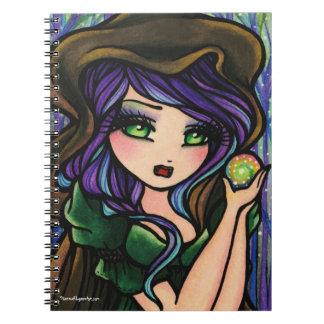 緑の羨望の森林魔法岬の女の子のファンタジー ノートブック