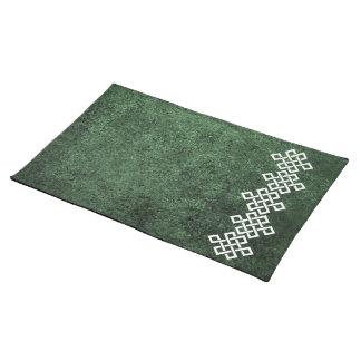 緑の花こう岩上のケルト族の織工の結び目 ランチョンマット