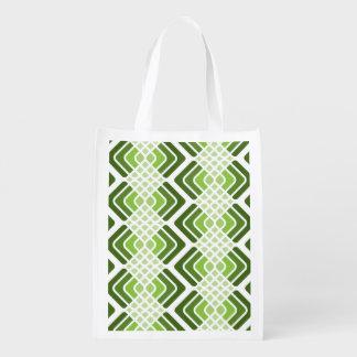 緑の買い物袋の陰 エコバッグ
