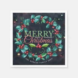 緑の赤い水彩画のヒイラギのリースのメリークリスマス スタンダードカクテルナプキン