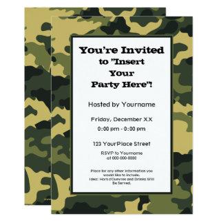 緑の軍のカムフラージュのパーティー 12.7 X 17.8 インビテーションカード