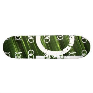 緑の金属ライト抽象的な文字 18.1CM オールドスクールスケートボードデッキ