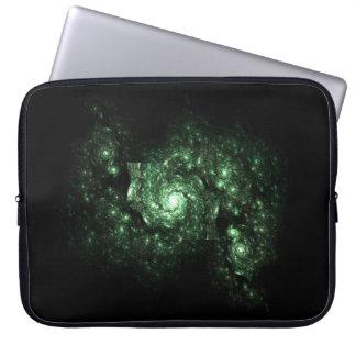 緑の銀河系のフラクタル ラップトップスリーブ