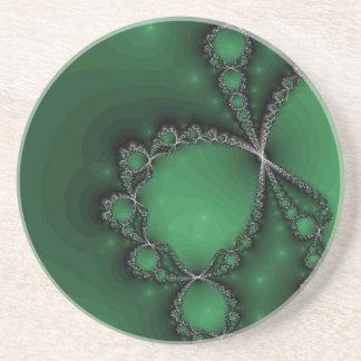 緑の銀製のネックレス コースター