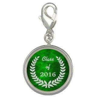 緑の銀製の月桂樹のリースの卒業 チャーム