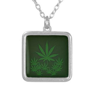 緑の雑草 シルバープレートネックレス