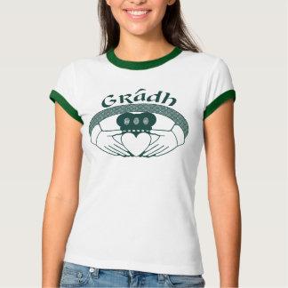 緑のCladdaghのリング愛Gradhのゲール語 Tシャツ