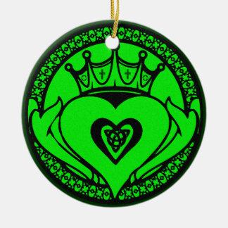 緑のCladdagh セラミックオーナメント