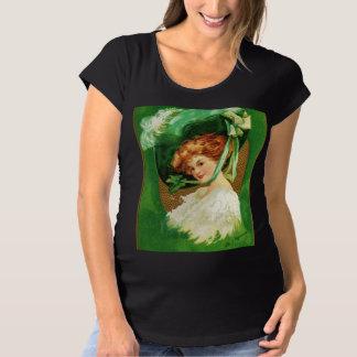 緑のFallnの身に着けていること マタニティTシャツ