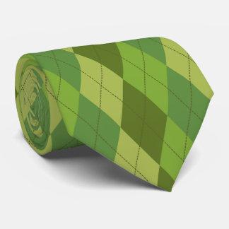 緑は道化師の幾何学的なパターンにある調子を与えます タイ