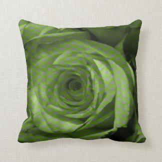 緑バラの枕 クッション