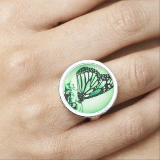 緑マダラチョウ 指輪