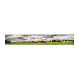 緑分野および白い雲 キャンバスプリント
