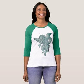 緑及び白いraglanのキューピッド tシャツ