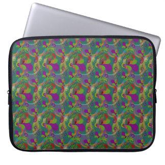 緑及び紫色のペイズリーの渦巻、ラップトップスリーブ ラップトップスリーブ