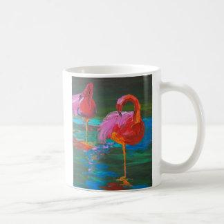 緑湖(K.Turnbullの芸術)の2羽のピンクのフラミンゴ コーヒーマグカップ