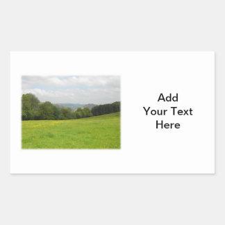 緑草原。 田舎景色。 カスタム 長方形シール