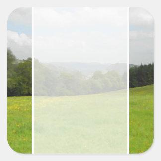 緑草原。 田舎景色 スクエアシール