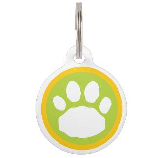 緑、黄色、および青動物の足のプリント ペット ネームタグ