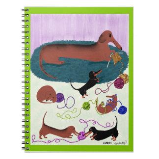 編み物のダックスフントジャーナル ノートブック