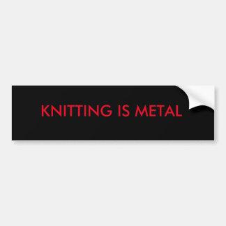 編み物は金属のバンパーステッカーです バンパーステッカー