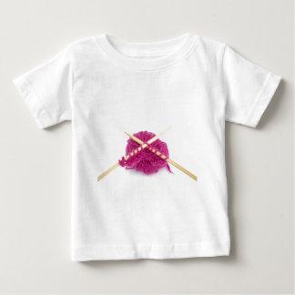編む熱狂者 ベビーTシャツ