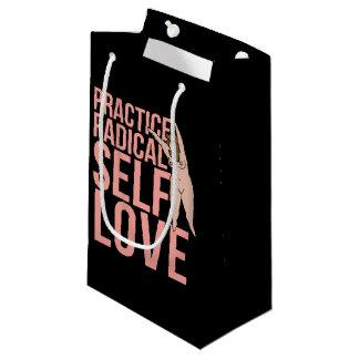 練習の根本的な自己愛 スモールペーパーバッグ