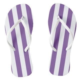 縦の紫色のストライプ ビーチサンダル