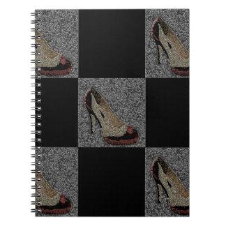 織り目加工のハイヒール ノートブック