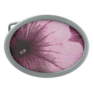 織り目加工のピンクおよび黒いペチュニア 卵形バックル