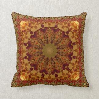 織り目加工の組み立てられた錆および金ゴールドの曼荼羅 クッション