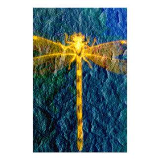 織り目加工の背景の金神話上のトンボ 便箋