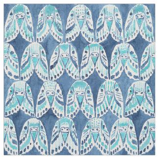 繰り返しの青いBoho Budgieパターンのインコ ファブリック