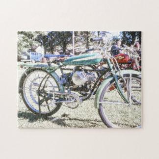 美しいアンティークによってモーターを備えられる自転車 ジグソーパズル