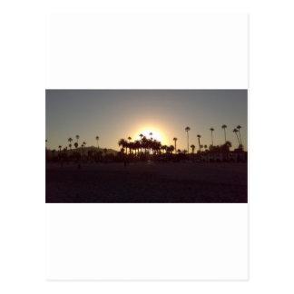 美しいサンタ・バーバラのビーチの日没 ポストカード