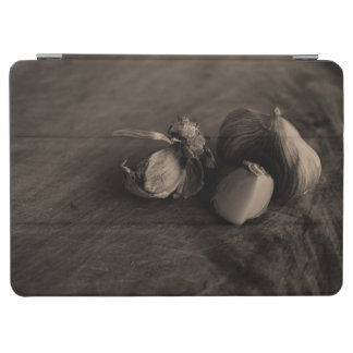 美しいニンニクの静物画のファインアートの写真 iPad AIR カバー