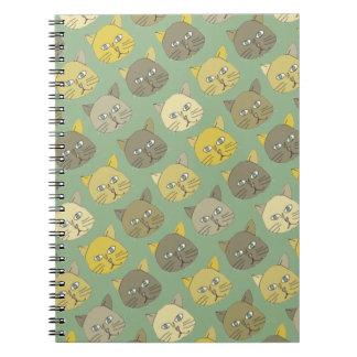 美しいパステルカラー猫 ノートブック