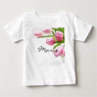 美しいピンクのチューリップ ベビーTシャツ