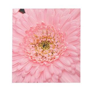 美しいピンクの《植物》百日草の花 ノートパッド