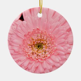 美しいピンクの《植物》百日草の花 陶器製丸型オーナメント