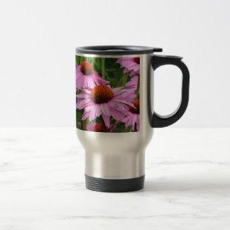美しいピンクのechinaceaの花柄 トラベルマグ