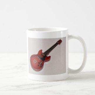 美しいミニチュア音響およびエレキギター コーヒーマグカップ