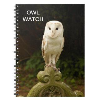 美しいメンフクロウのフクロウの腕時計のノート ノートブック