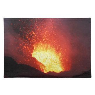 美しい夜火山爆発 ランチョンマット