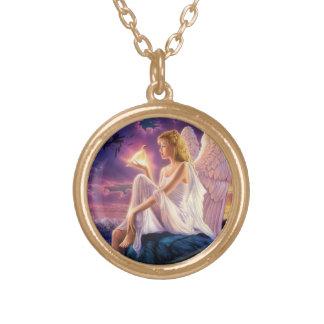 美しい天使のペンダントのネックレス ゴールドプレートネックレス