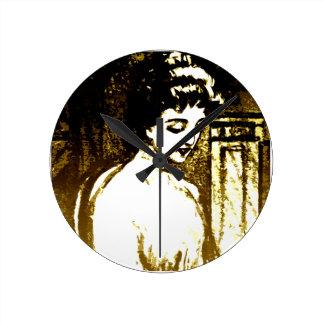 美しい女性 ラウンド壁時計
