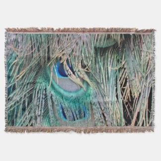 美しい孔雀は大きい青い目に羽をつけます スローブランケット